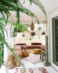 Bohemian-style porch: dream house!