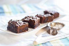 Chocolate Zucchini Brownies - gluten-free & fructose friendly. www.strandsofmylife.com