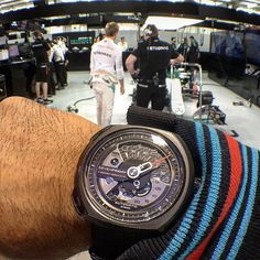 @hamadphoto going behind the scenes at the F1 with #Mercedes' @nicorosberg