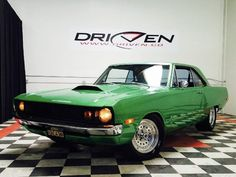 Awesome Amazing 1972 Dodge Dart Hot Rod 72 Dodge Dart Hot Rod Electric Green Posi Tubbed Nice cruiser VIDEO Burnouts 2017 2018 Check more at https://24cars.cf/my-desires/amazing-1972-dodge-dart-hot-rod-72-dodge-dart-hot-rod-electric-green-posi-tubbed-nice-cruiser-video-burnouts-2017-2018/