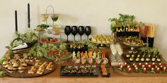 Appetizer table :D Party Platters, Party Buffet, Appetizers Table, Food Humor, Food Presentation, Food Design, Food Plating, Afternoon Tea, Finger Foods