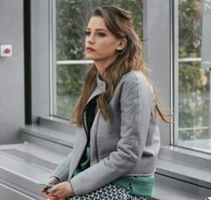 Find images and videos about medcezir, mira and serenay on We Heart It - the app to get lost in what you love. Turkish Beauty, Turkish Fashion, Turkish Actors, Actor Model, Celebs, Celebrities, Girl Model, Her Style, Medium Hair Styles