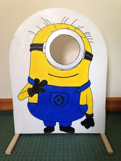 Minion photo booth OR bean bag toss! Minions Birthday Theme, Minion Party Theme, Despicable Me Party, 3rd Birthday Parties, Birthday Party Decorations, 4th Birthday, Party Themes, Minion Party Bags, Party Ideas