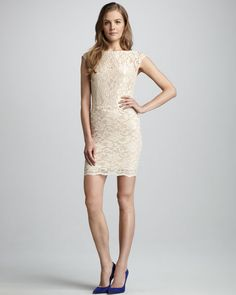 Donna Mizani - Boat-Neck Lace Dress