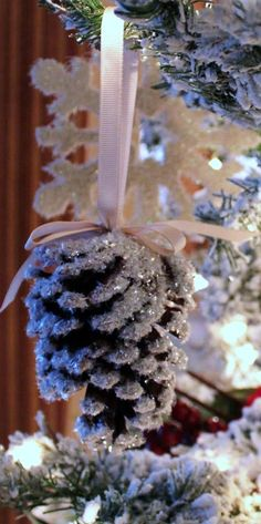 can totally do this with all the pinecones Luna brings in :)