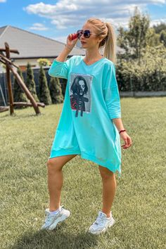 Haine sport dama online Smart Casual, Casual Chic, Fashion Hacks, Fashion Tips, Womens Workout Outfits, Chic Outfits, Acrylic Nails, Cover Up, Sports