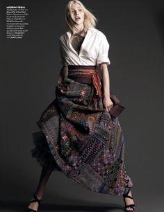 Aline Weber byNat Prakobsantisuk for Vogue Thailand February 2014 12 Fashion Outfits, Womens Fashion, Fashion Tips, Fashion Design, Fashion Poses, Tribal Fashion, Fashion Editorials, Fashion Fashion, High Fashion