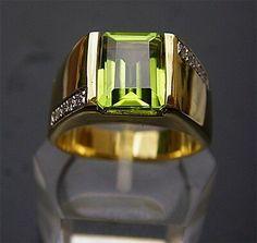 Details about Men's Solid Gold Peridot Diamond Ring Herren, Ring aus 18 Karat Solid Gold mit Peridot-Diamant Men's Jewelry Rings, Diamond Jewelry, Gold Jewelry, Jewelry Watches, Fine Jewelry, Fancy Jewellery, Prom Jewelry, Jewellery Shops, Black Jewelry