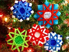 christmas decoration using yarn- made with 4th grade 2011. Beautiful, but a little difficult.