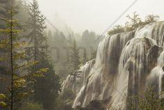 Vapouring Waterfall - Fotobehang & Behang - Photowall