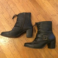 Steve Madden black moto boots Black, heeled motorcycle boots only worn a few times. Round toe, gold hardware buckle across the front, zipper detail on the side. Good condition! Steve Madden Shoes