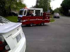 Le plus petit camion de pompiers du monde.
