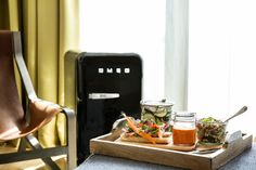 This Palo Alto Hotel Teamed With Jawbone to Pressure Guests toBe Healthier - Bloomberg Business