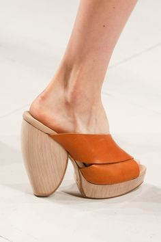 Chalayan Spring 2014 RTW - Details - Fashion Week - Runway, Fashion Shows and Collections - Vogue