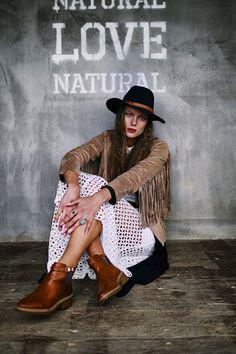 LOVE NATURE Photographer: Emre Bezikoğlu Model:@Paulina Tukego Hair:Suat Ürün Makeup:Nisa Köse Styling:Tuğçe Seçen