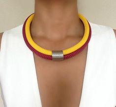Collier Tournesol   collier pour femme  par VChristinaCollection
