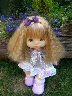 ALICE my child doll - crimped ash, blue eyes, peach makeup