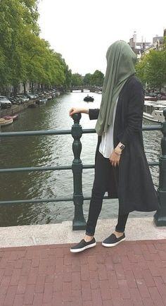 Hijab est ma couronne, la mode est ma passion, profiter :) Hijab is my crown, fashion is my passion, Hijab Casual, Hijab Chic, Hijabi Girl, Girl Hijab, Hijab Outfit, Islamic Fashion, Muslim Fashion, Modest Fashion, Fashion Muslimah