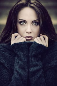 By Karol Kalinowski. Love the texture and the eyes