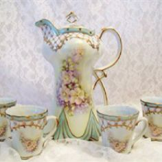 Mama has always love tea pots and pretty china!