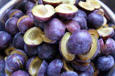 Țuica-de-Prune-Terapia-cu-Țuică-–-Beneficii-Pentru-Sănătate Natural Health Remedies, Plum, Blueberry, Food And Drink, Healthy Recipes, Vegetables, Cooking, Desserts, Georgia