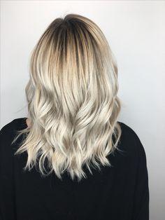 Blonde balayage ombré highlights on short to Meiji length hair by Becky at Dallas Roberts Salon in West Jordan, Utah #801 #slc #slchair #westjordan #801hair #utah #wella #wellalife #utahstylist #utahsbest #behindthechair #americansalon #hairnerds #modernsalon #hair #bangstyle #kevinmurphy #dallasrobertssalon #drsbalayage