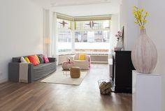 Oud Herenhuis ingericht voor de verkoop met meubels van karton van cubiqz. Vastgoedstyling door casa&co.