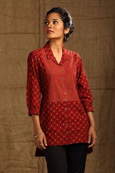 22 Ideas Sewing Patterns For Women Tops Tunics Shirts Short Kurti Designs, Kurti Neck Designs, Kurti Designs Party Wear, Blouse Designs, Tunic Shirt, Tunic Tops, Casual Work Attire, Blouse Batik, Stylish Dress Designs
