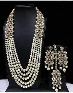 Checkout this hot & latest Jewellery Set Amazing Collection Of Women's Jewellery Set Material: Metal Size: Free Size Description: It Has 1 Piece Of Piece Of Maang Tikka and 1 P… Costume Jewelry Sets, Women's Jewelry Sets, Women Jewelry, Fashion Jewelry, Jewelry Watches, Gold Fashion, Fashion Earrings, Jewelry Ideas, Riva Fashion