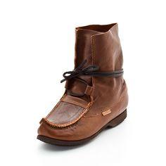 Kero Original since Blötnäbb, antik leather, Made in Sweden Sattajärvi Unique Shoes, Shoe Shop, Lappland, Designer Shoes, Calves, Oxford Shoes, Dress Shoes, Pairs, Antiques