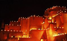 places I want to go: Santa Fe at Christmas
