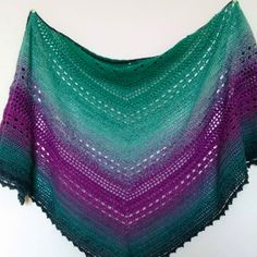 Looking for a free crochet shawl pattern? Here you can find one of my most popular triangle shawl patterns called Bella Vita Shawl. Crochet Prayer Shawls, Crochet Shawl Free, Crochet Poncho Patterns, Crochet Shawls And Wraps, Freeform Crochet, Tunisian Crochet, Crochet Scarves, Knit Crochet, Crochet Hats