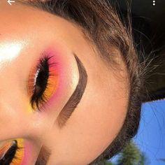 lemonade vibes pink pink lemonade vibesYou can find Pink makeup looks and more on our website Baddie Makeup, Glam Makeup, Eyeshadow Makeup, Beauty Makeup, Dramatic Makeup, Formal Makeup, Eyeshadows, Summer Eyeshadow, Makeup App