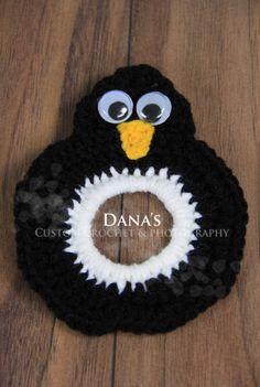 Penguin Camera Lens Buddy by DanasCustomCrochet on Etsy, $6.00