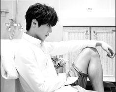 U-KISS Reveals New Member Jun and he is hella young lol