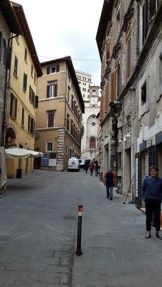 Corso Cavour,  Perugia, Италия