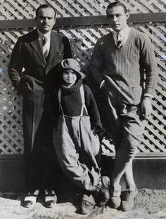 From left: Douglas Fairbanks, child star Jackie Coogan, Rudolph Valentino, I want that kids pants. Old Hollywood Glamour, Golden Age Of Hollywood, Vintage Hollywood, Classic Hollywood, Hollywood Stars, Rudolph Valentino, Dh Lawrence, Douglas Fairbanks, Silent Film Stars
