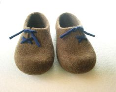Handmade slippers for men ISLAND Felted slippers are very lightweight, warm…