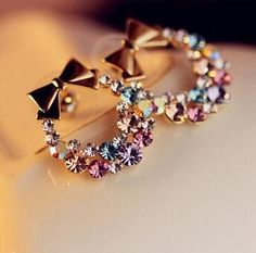 Indian Jewelry Earrings, Jewelry Design Earrings, Bow Earrings, Ear Jewelry, Cute Jewelry, Fashion Earrings, Bridal Jewelry, Fashion Jewelry, Vintage Jewelry