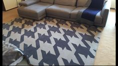 Rug with large houndstooth design