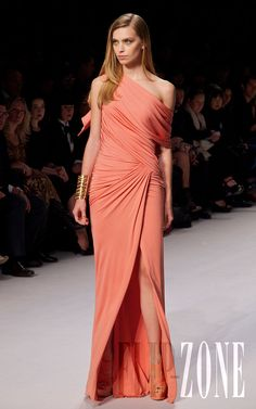 Elie Saab - Ready-to-Wear - First pictures, S/S 2011 - Emily Senko - http://en.flip-zone.com/fashion/ready-to-wear/fashion-houses-42/elie-saab-1975