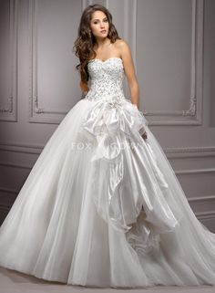 princess full tulle ball gown with organza bow and beaded bodice (if only it didn't have the big bow...)