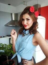 Prin bucătărie... Hair Styles, Artist, Band, Hair Plait Styles, Sash, Hair Makeup, Artists, Hairdos, Haircut Styles