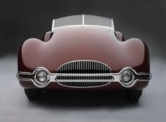 Incredible curves from when a time when car design still took its' inspiration from the human form.  missfolly:    1948 Buick Streamliner, Grill