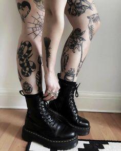 Neue Tattoos, Body Art Tattoos, Hand Tattoos, Girl Tattoos, Small Tattoos, Tattoos For Women, Tatoos, Badass Tattoos, Grunge Tattoo