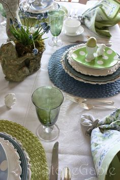 StoneGable: Easter Brunch Table