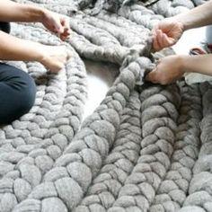 fabric rugs.Alfombra en tela