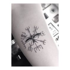 « The Viking compass for @zoevaneldik all the way from holland, thanks again! »