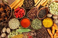 Grupo Canela is one of the leading wholesale suppliers of herbs and spices. It imports herbs and spices not only in USA but all across the globe. Homemade Spice Blends, Homemade Spices, Restaurant Indien, Healthy Holistic Living, Spices And Herbs, Samosas, Biryani, Saveur, Curries