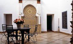 El estilo marroquí de decoración tiene muchísimo éxito en algunos países y es una atracción e inspiración para artistas, escritores, hippies y pintores. El estilo marroquí de decoración, es hermoso…